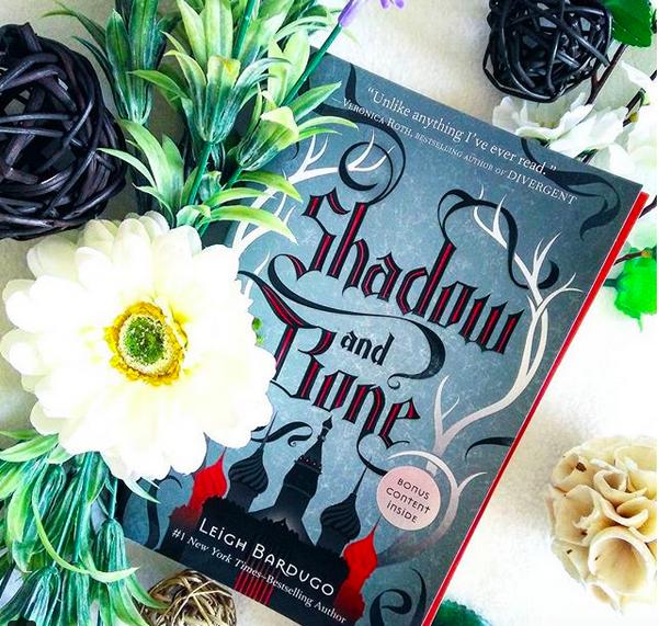 Chronique : Shadow and bone de LeighBardugo